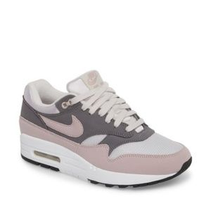 NEW Nike Air Max 1 ND Sneakers
